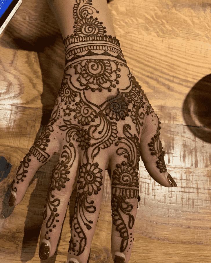 Pleasing Dallas Henna Design