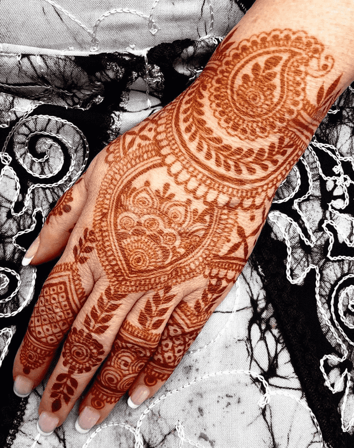 Radiant Dallas Henna Design