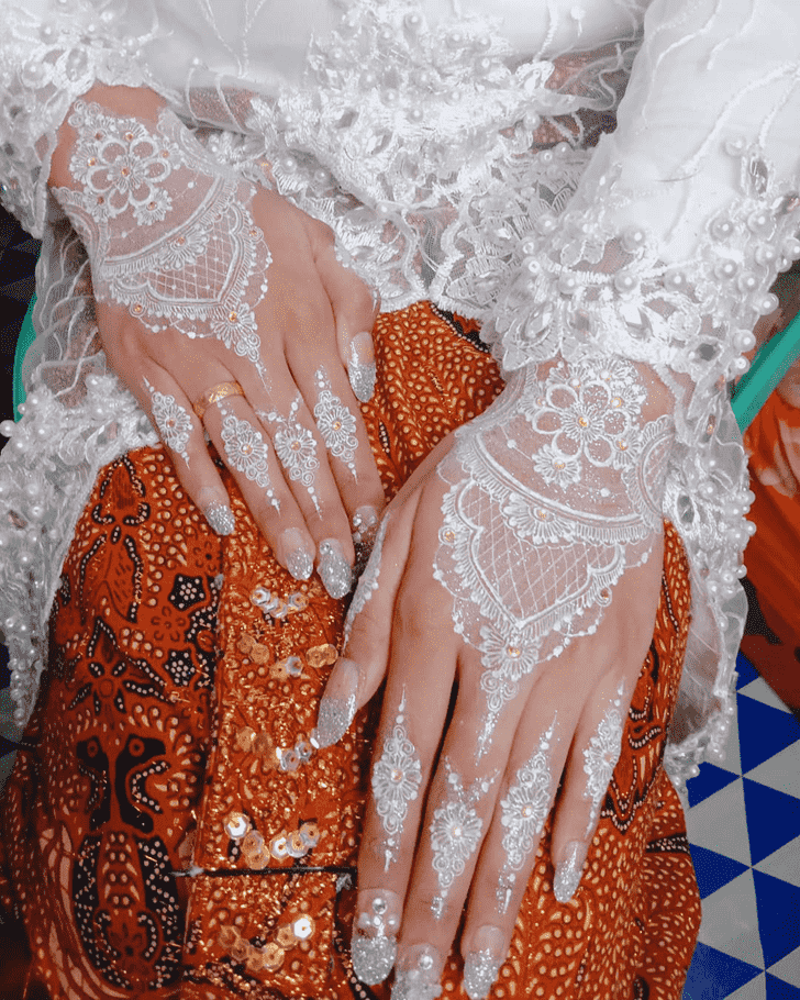 Refined Dallas Henna Design