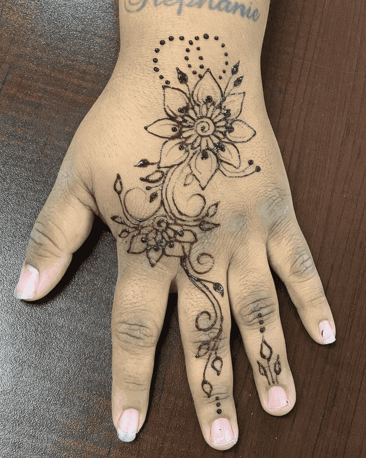 Stunning Dallas Henna Design