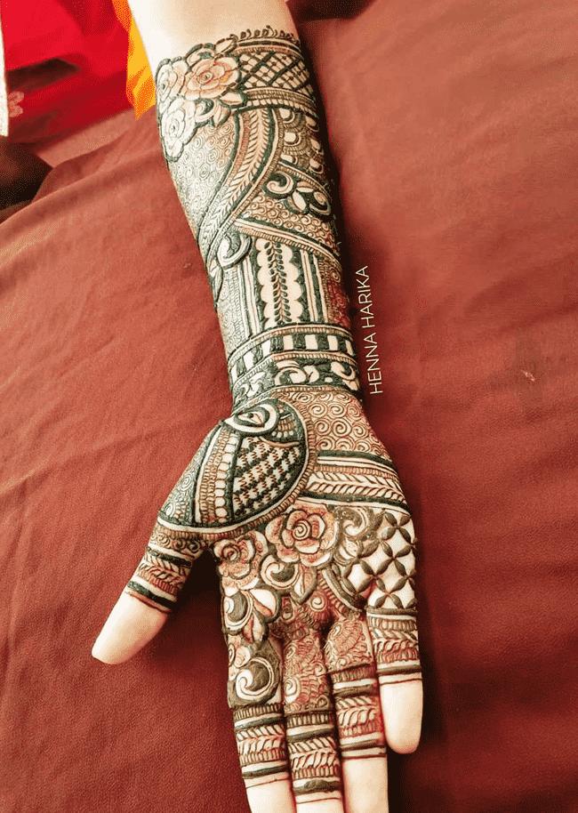 Bewitching Darjeeling Henna Design