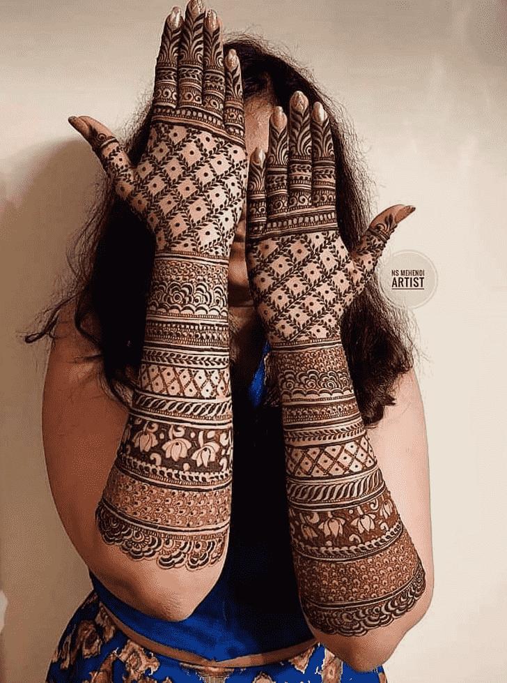 Alluring Desi Henna Design