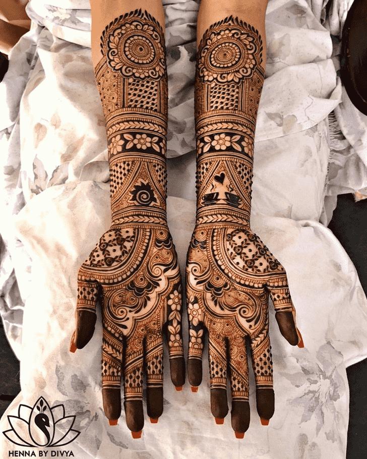 Adorable Designer Henna Design