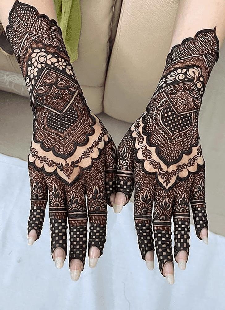 Appealing Dhaka Henna Design