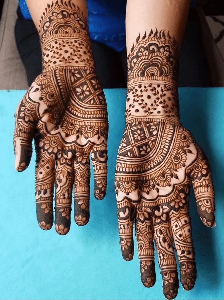 Admirable Divine Mehndi design