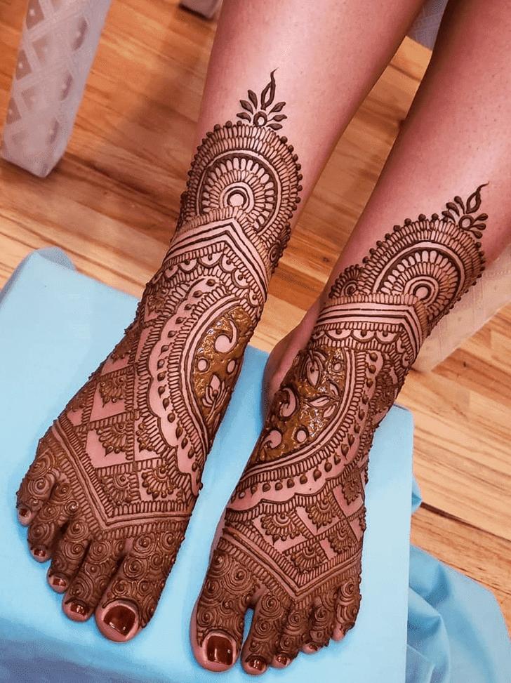 Beauteous Divine Henna design