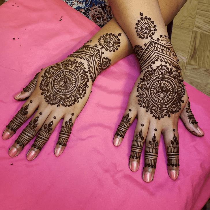 Captivating Divine Henna design
