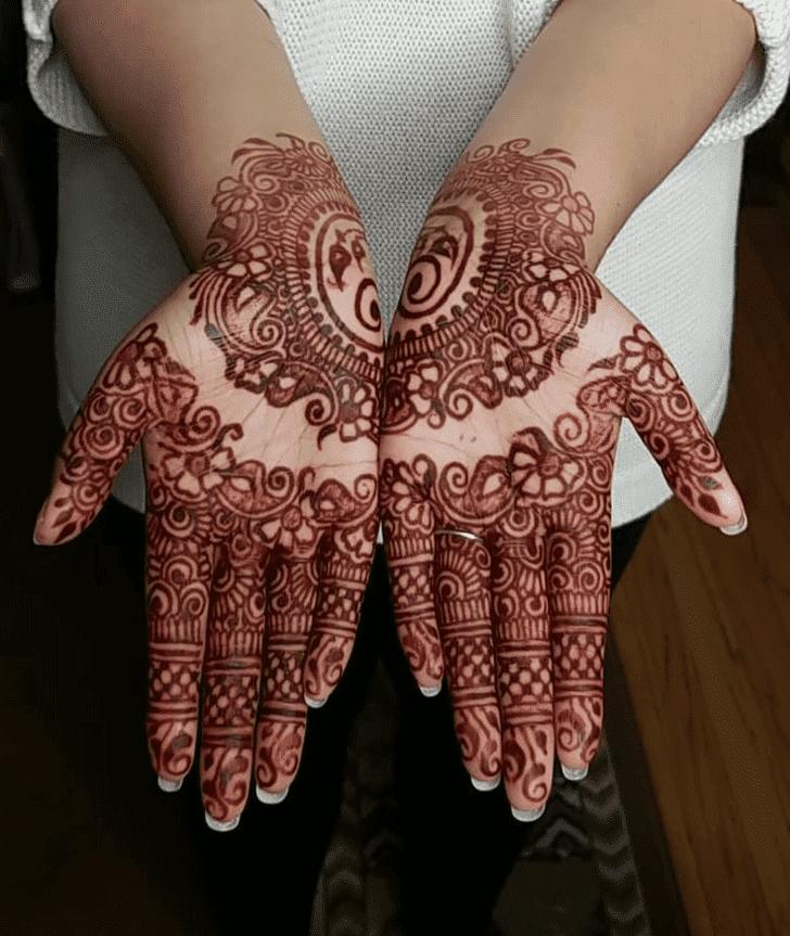 Alluring Diwali Henna Design