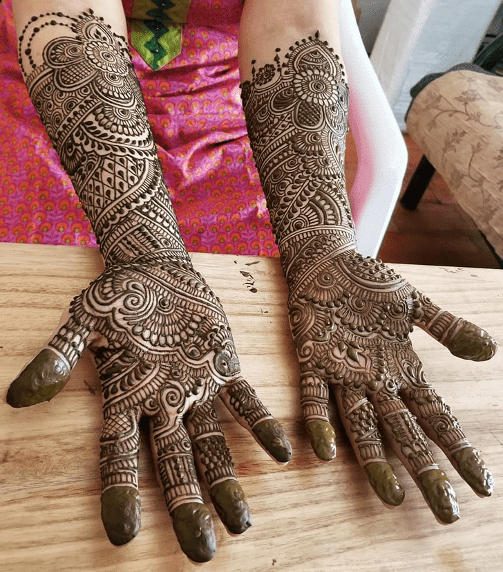 Bewitching Diwali Henna Design