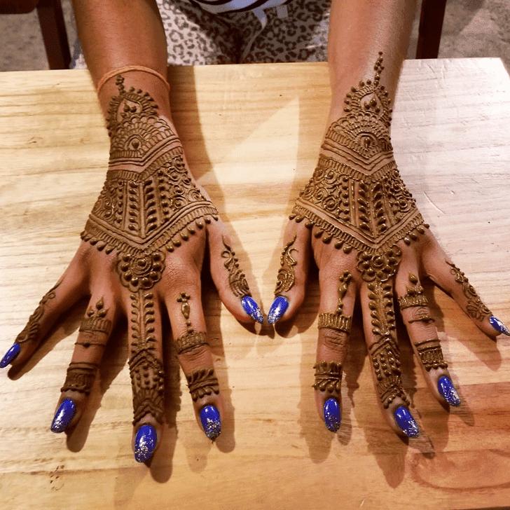 Classy Diwali Henna Design