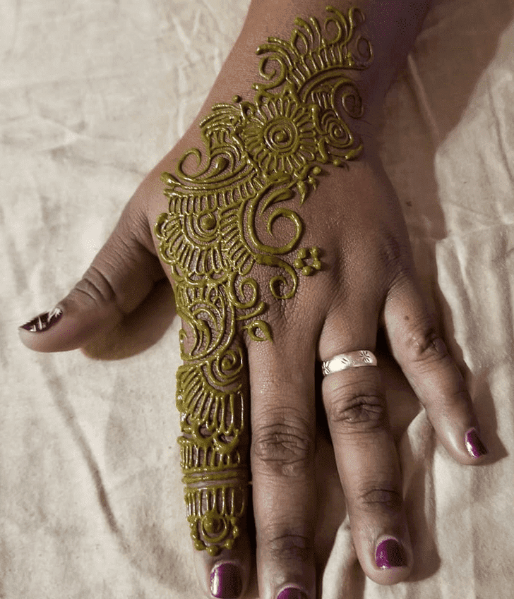 Elegant Diwali Henna Design