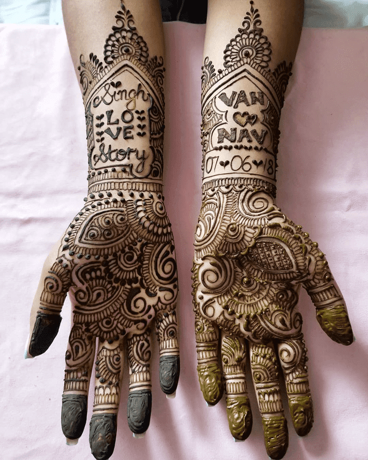 Graceful Diwali Henna Design