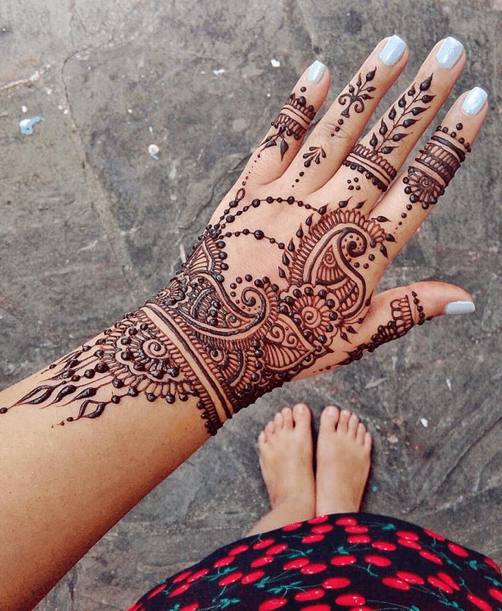 Handsome Diwali Henna Design