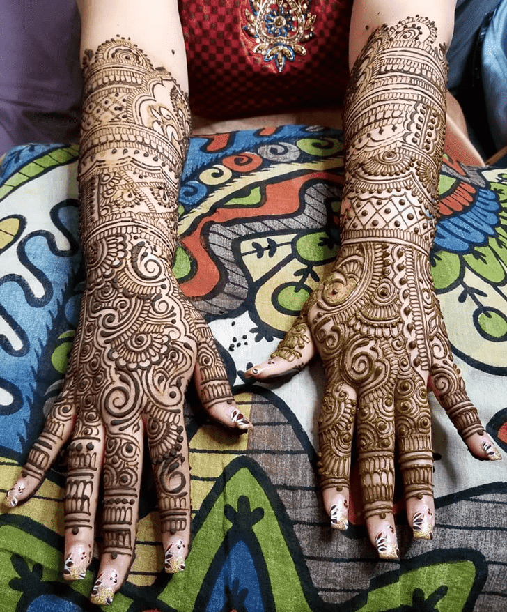 Radiant Diwali Henna Design