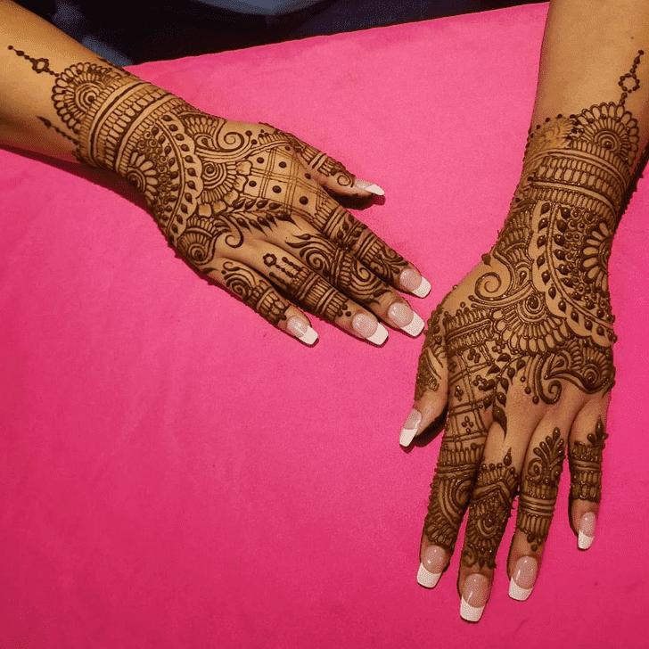 Shapely Diwali Henna Design