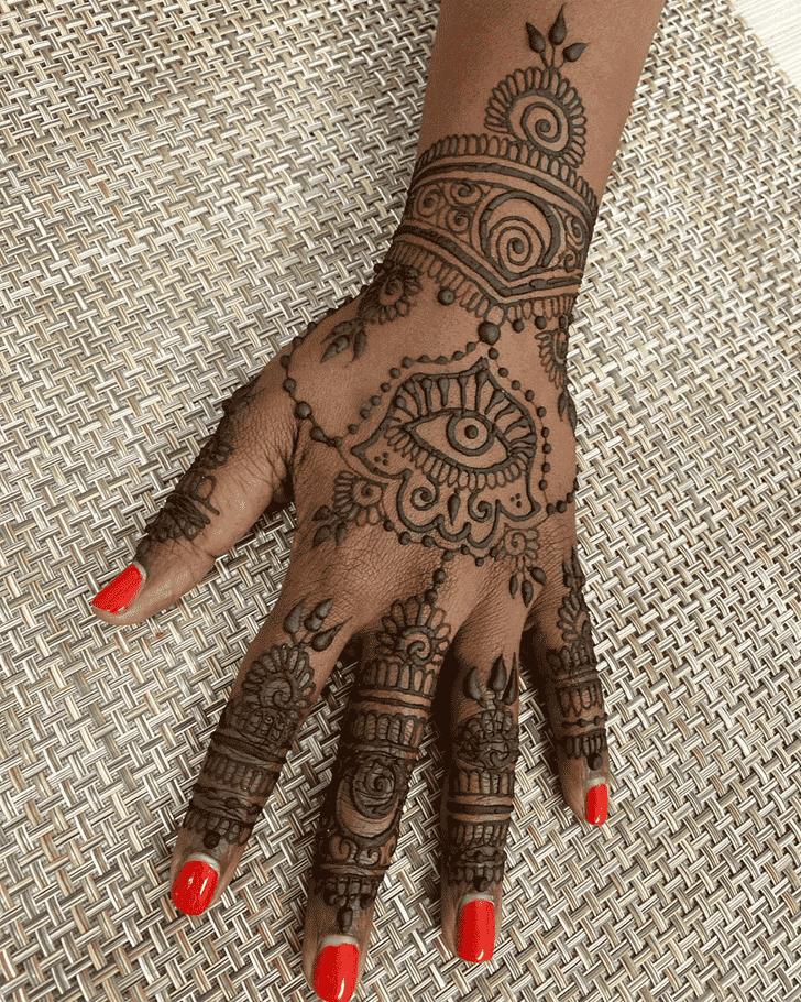 Graceful Dulhan Henna Design