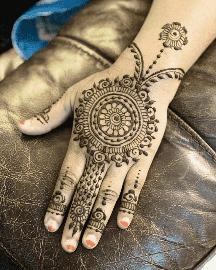 Mesmeric Dulhan Henna Design