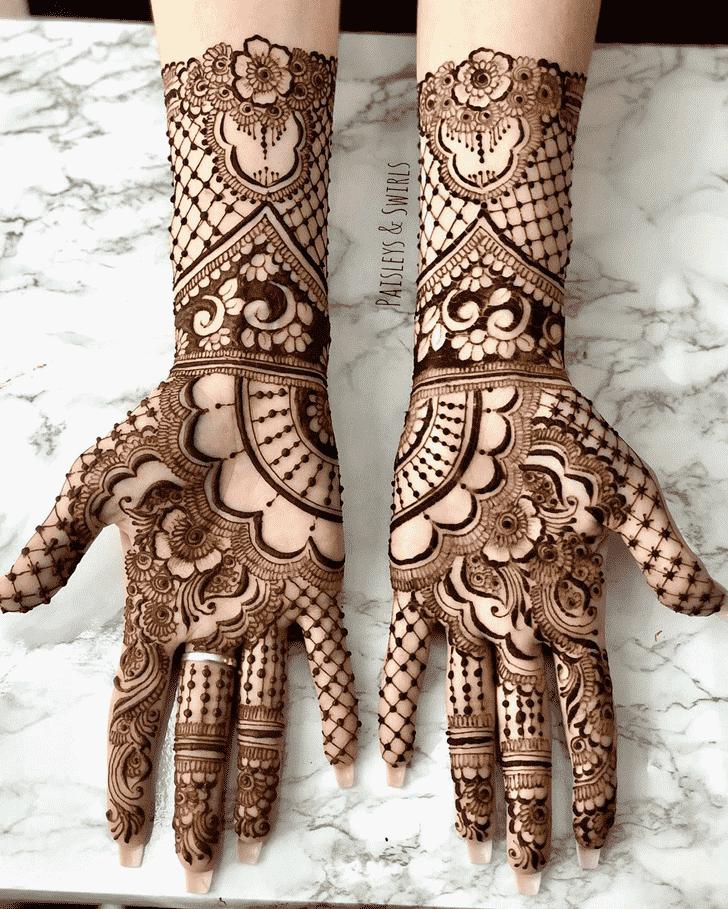 Resplendent Dulhan Henna Design