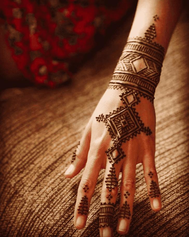 Enthralling Easter Henna Design