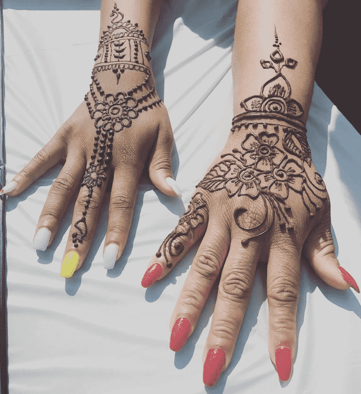 Magnetic Easter Henna Design