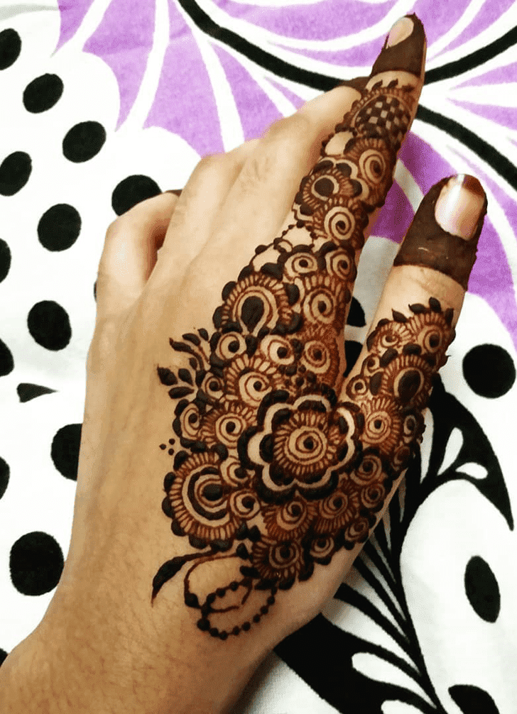 Adorable Easy Henna Design