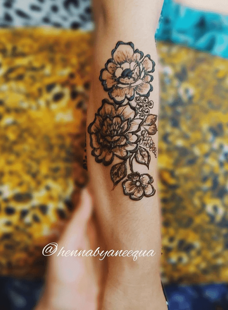 Captivating Easy Henna Design