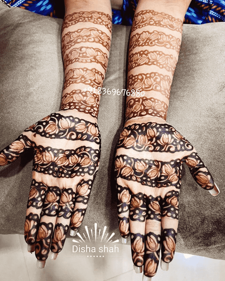 Comely Egyptian Henna Design
