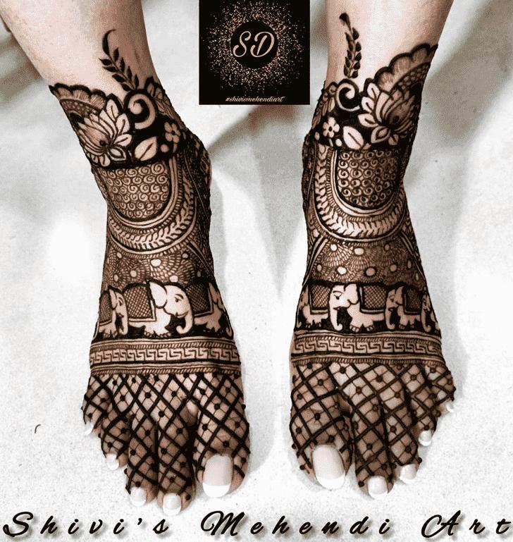 Fascinating Egyptian Henna Design
