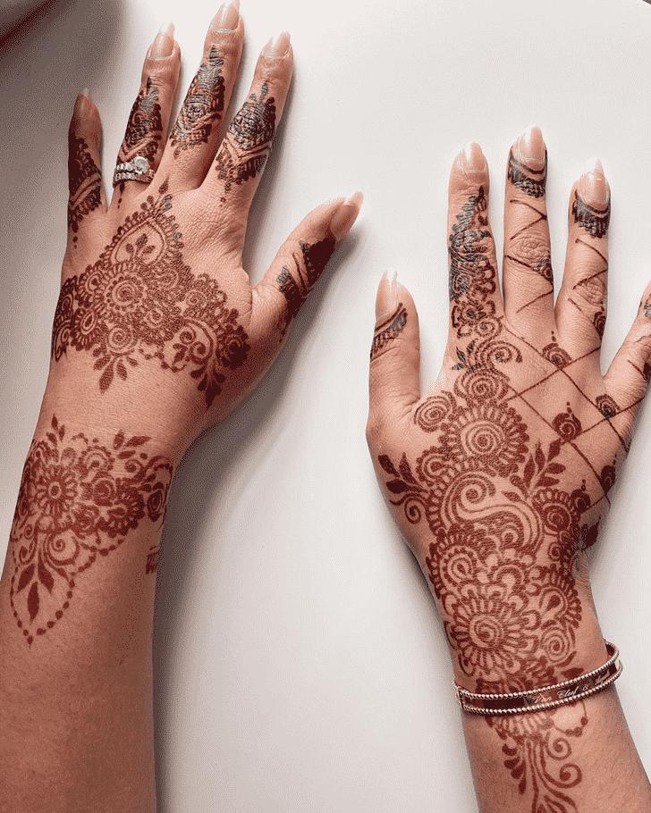 Gorgeous Egyptian Henna Design