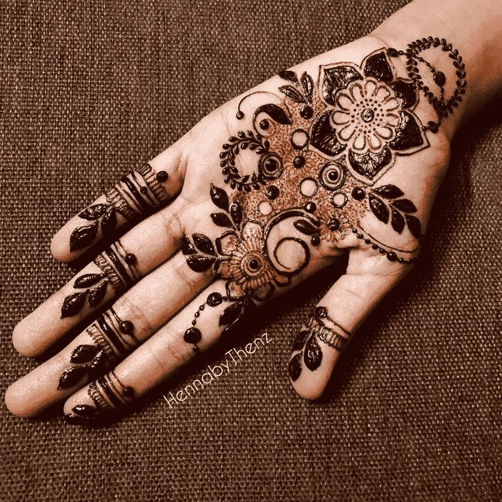 Ideal Egyptian Henna Design