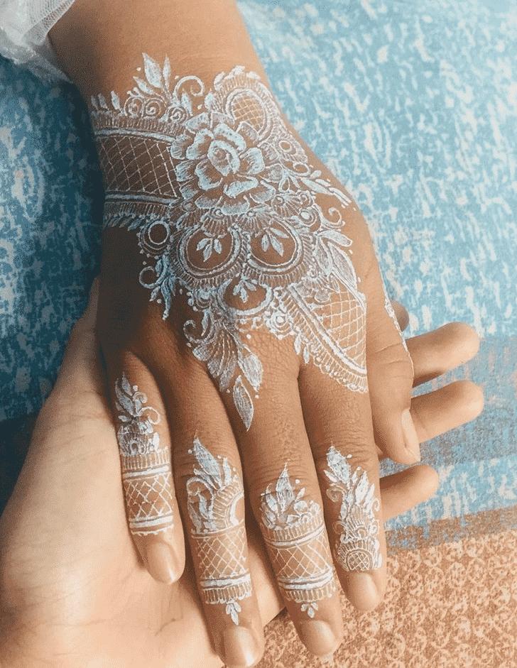 Magnetic Egyptian Henna Design