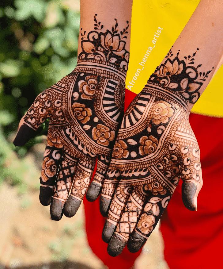 Ravishing Egyptian Henna Design