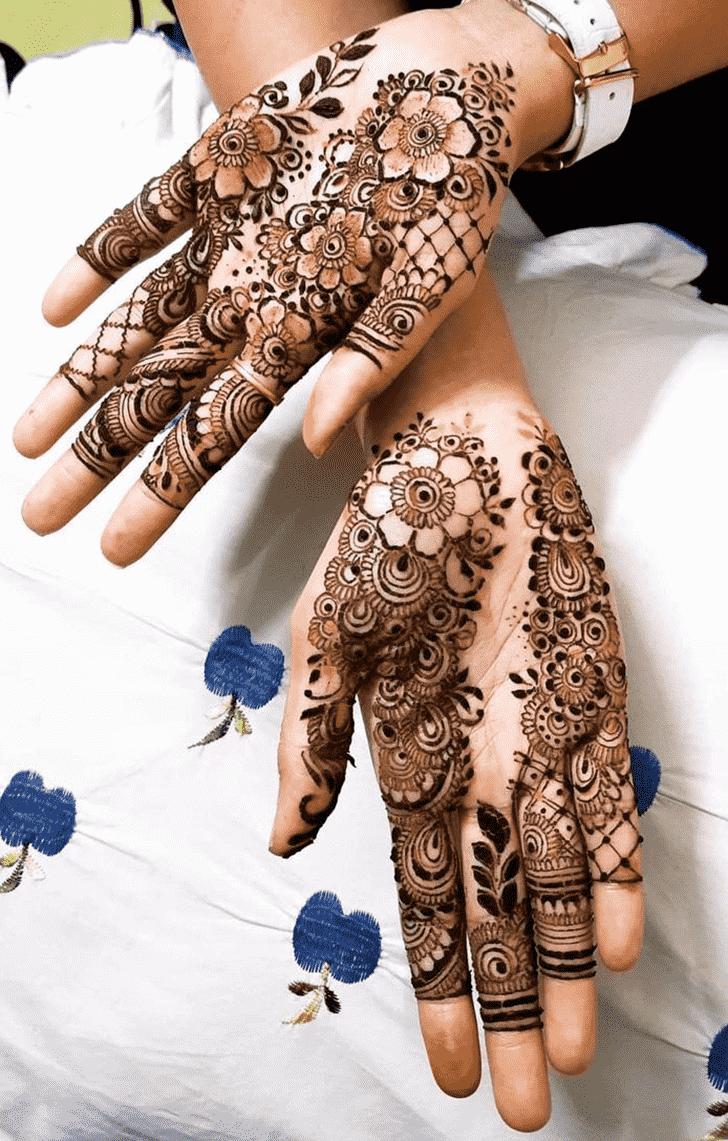 Splendid Egyptian Henna Design