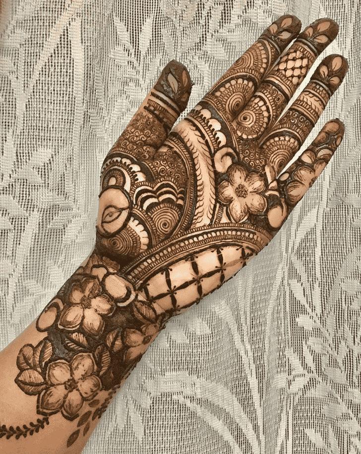 Stunning Egyptian Henna Design