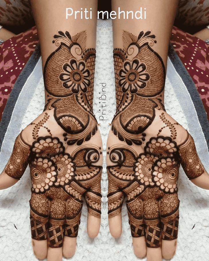 Adorable EID Henna Design