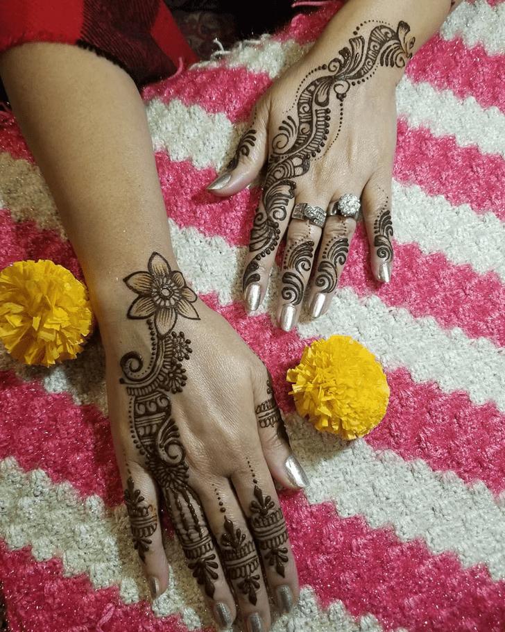 Admirable Engagement Mehndi Design