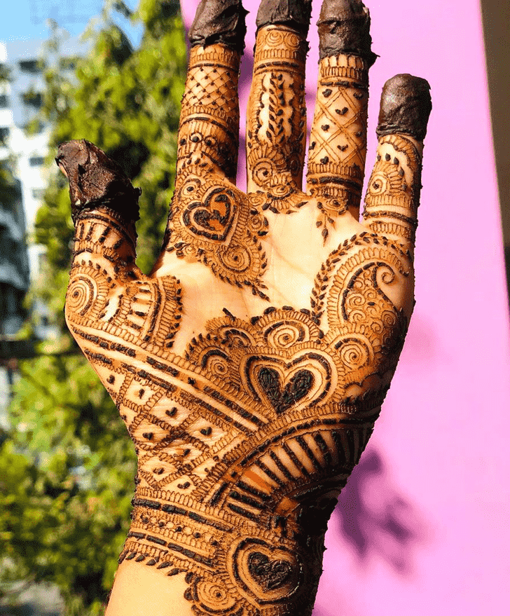Captivating Epic Henna design