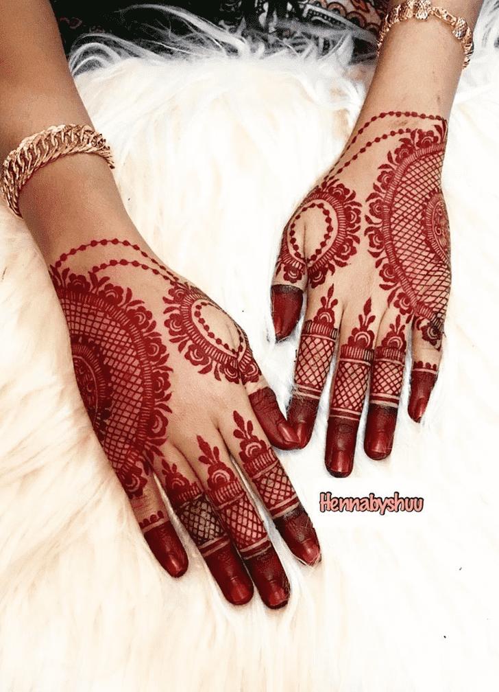 Bewitching Faisalabad Henna Design
