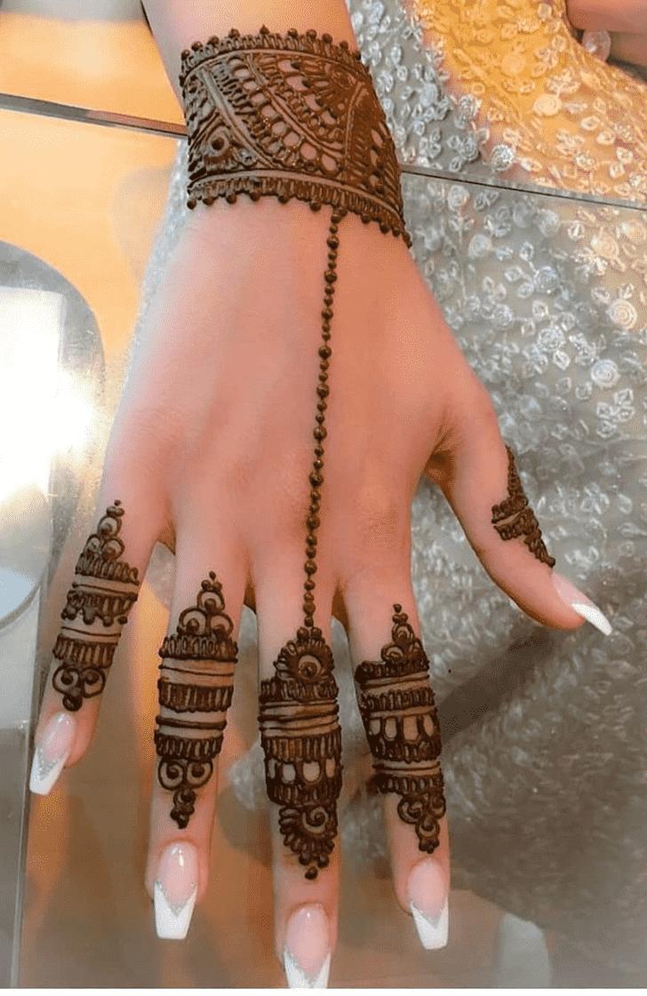 Captivating Faisalabad Henna Design