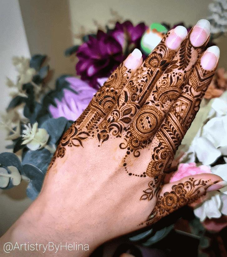 Pretty Finger Henna design