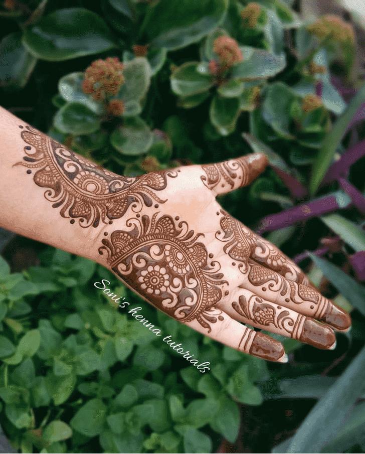Classy Floral Henna Design