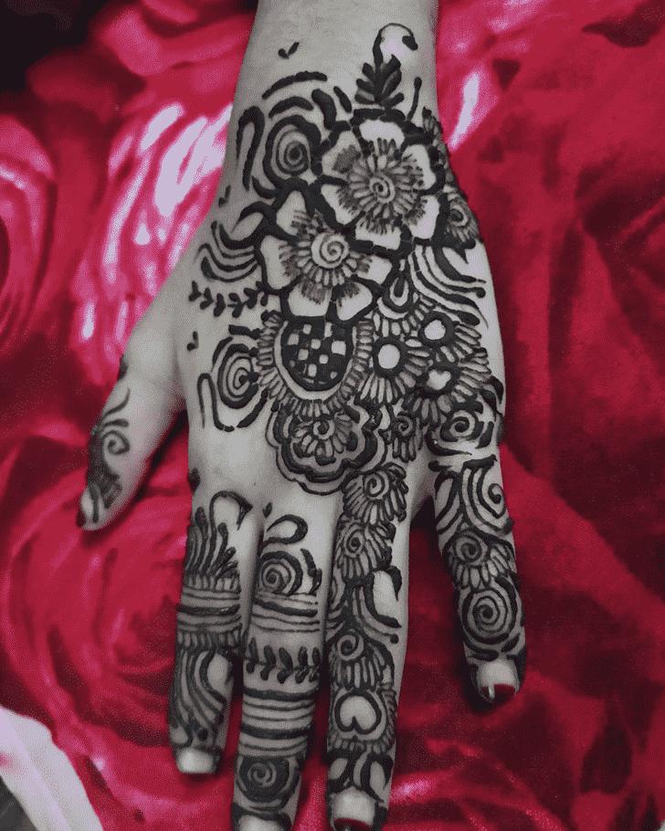 Alluring Flower Henna design