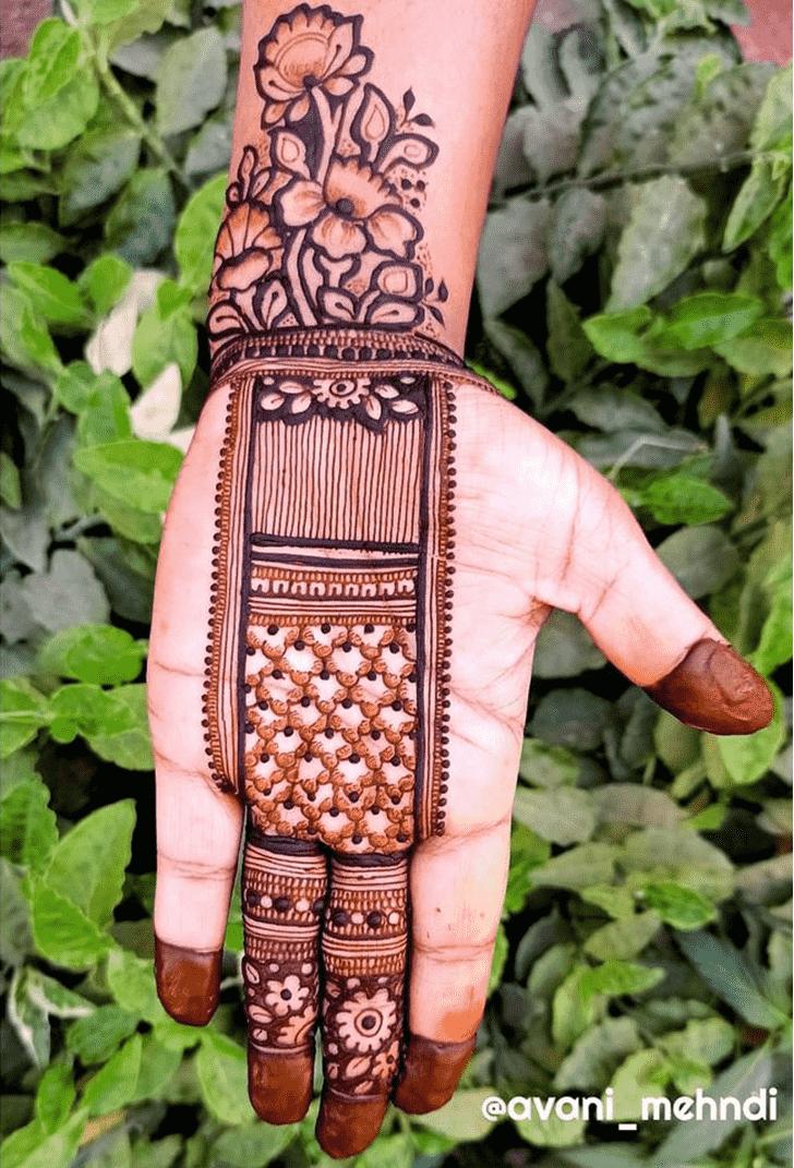 Classy Flower Henna design