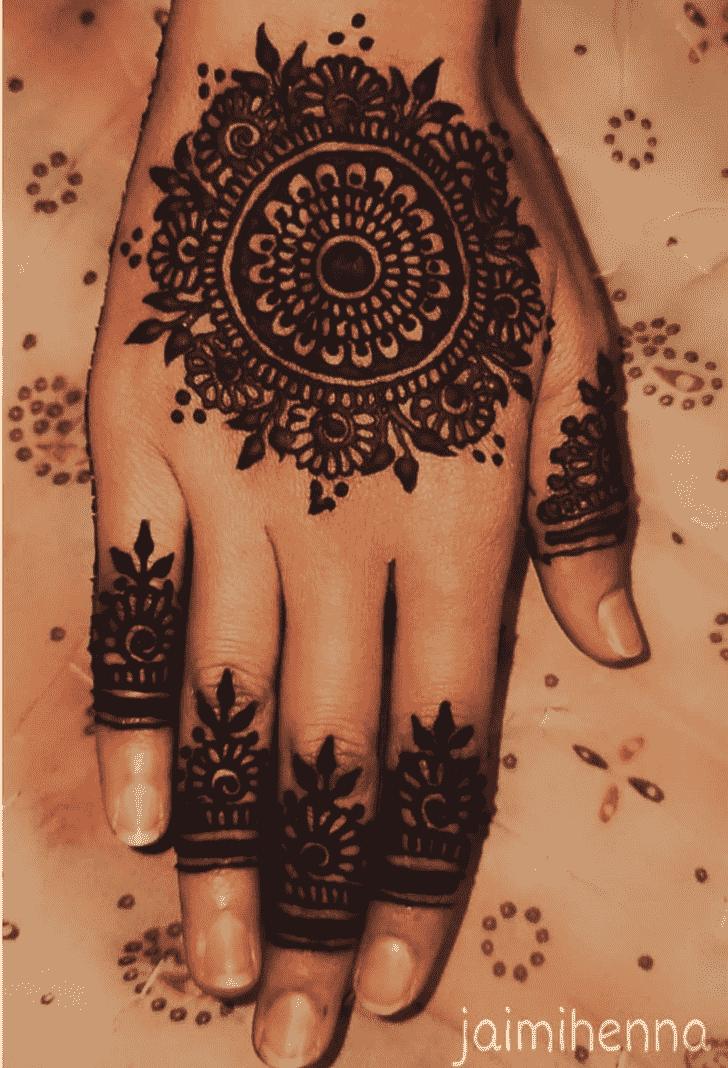 Fine Flower Henna design