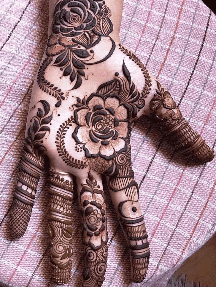 Adorable Friends Henna Design