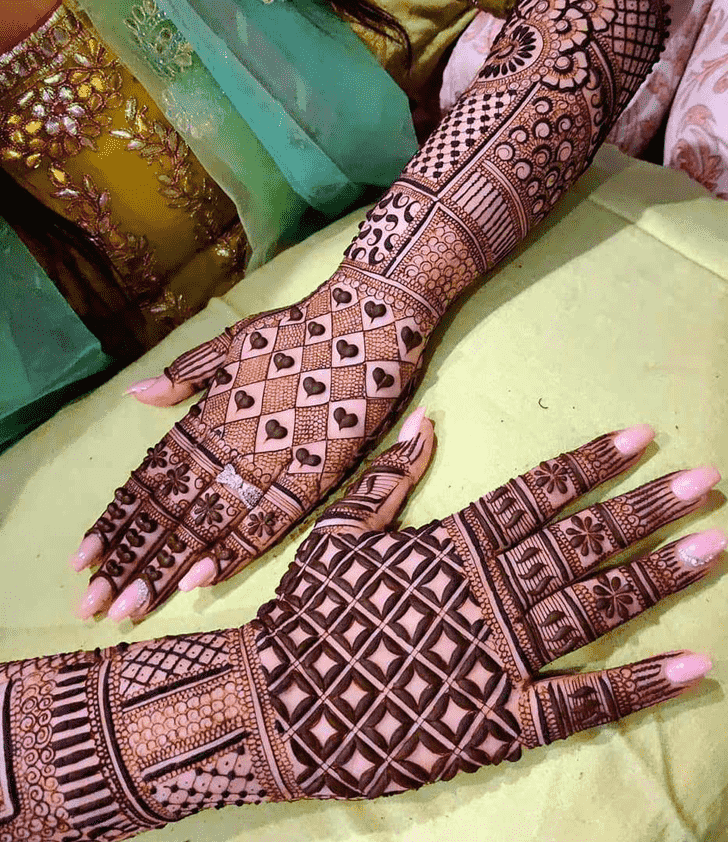 Beauteous Friends Henna Design