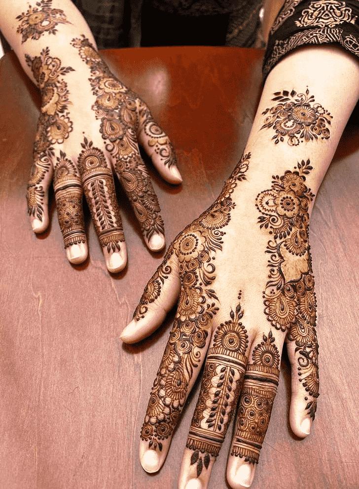 Shapely Friends Henna Design