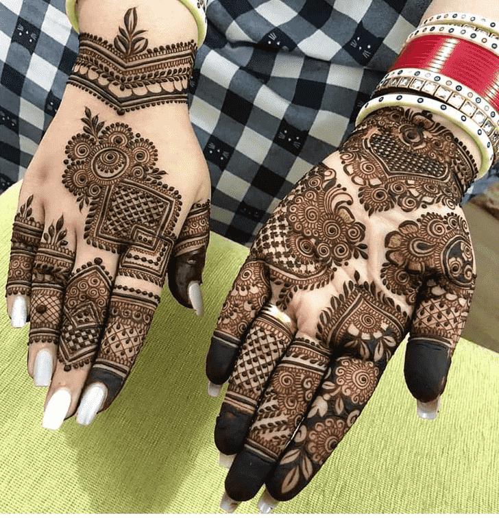 Splendid Friends Henna Design