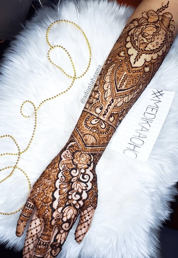 Charming Friendship Day Henna Design