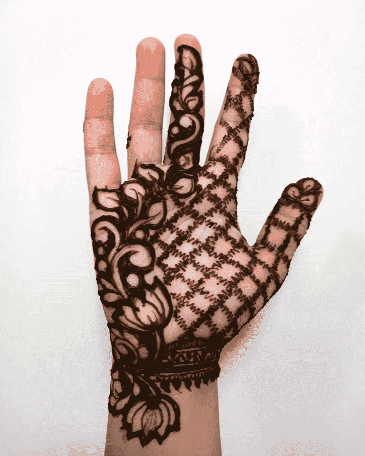 Appealing Front Hand Henna Design